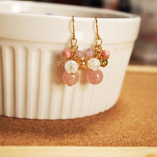 ぶどう型ピアス ピンク2
