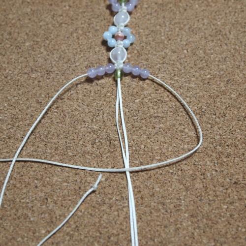 お花編みブレスレット 編み方 ロウビキ紐 平編み