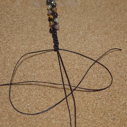 ジグザグ模様の編みブレスレット 編み方 作り方